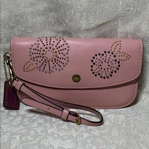Coach 1941 Tea Rose Rivets Clutch Wristlet 27190